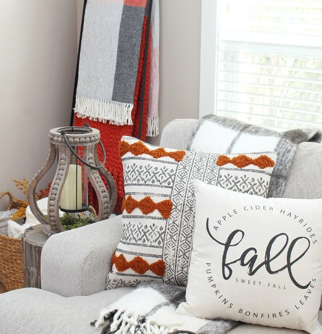 Fall Living Room Decor – Clean and Scentsible